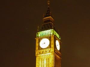 Vista nocturna de la Torre Elisabeth o Big Ben