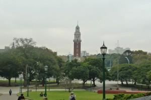 Torre Monumental, antigua Torre de los Ingleses, vista desde la Plaza San Martín