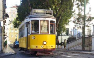 Tranvía, la mejor forma de moverse por Lisboa