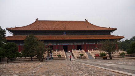 Entrada a las Tumbas Ming, una excursión imprescindible desde Pekín