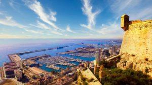 Puerto de Alicante visto desde el Castillo de Santa Bárbara