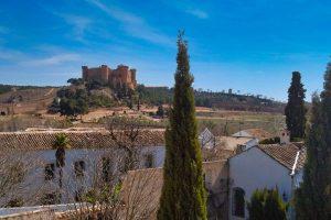 Vistas del Castillo de Belmonte desde la Colegiata de San Bartolomé