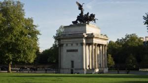 Arco de Wellington o Arco de la Constitución, al sur de Hyde Park en Londres