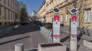 Estación de alquiler de biciletas Veturilo en Varsovia