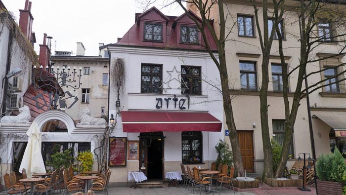 Restaurante tradicional judío en el barrio Kazimierz de Cracovia