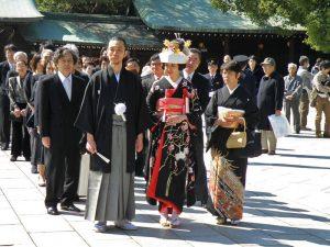 Boda tradicional japonesa en el Templo Meiji Jingu de Tokio