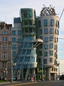 Casa Danzante, uno de los edificios más curiosos de Praga