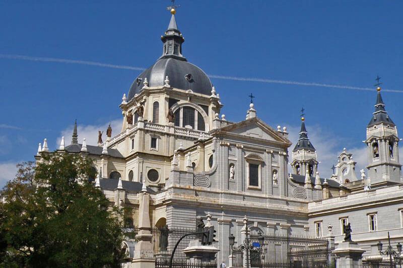Catedral de la Almudena, sede episcopal de la Comunidad de Madrid