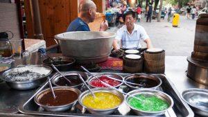 Puesto callejero de dumplings en Xian