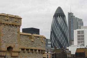 Edificio 30 St Mary Axe visto desde la Torre de Londres