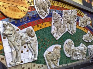 Mural en la salida Hachiko de la estación de Shibuya