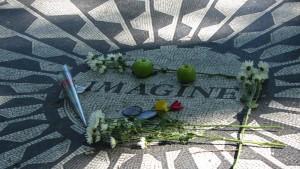 Mosaico Imagine en honor de John Lennon en Central Park