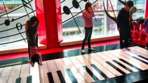 Piano de la juguetería Fao Schwarz, mítica escena de la película Big