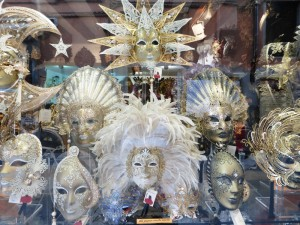 Máscaras venecianas, souvenirs de Venecia