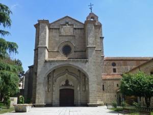 Fachada del Real Monasterio de Santo Tomás en Ávila