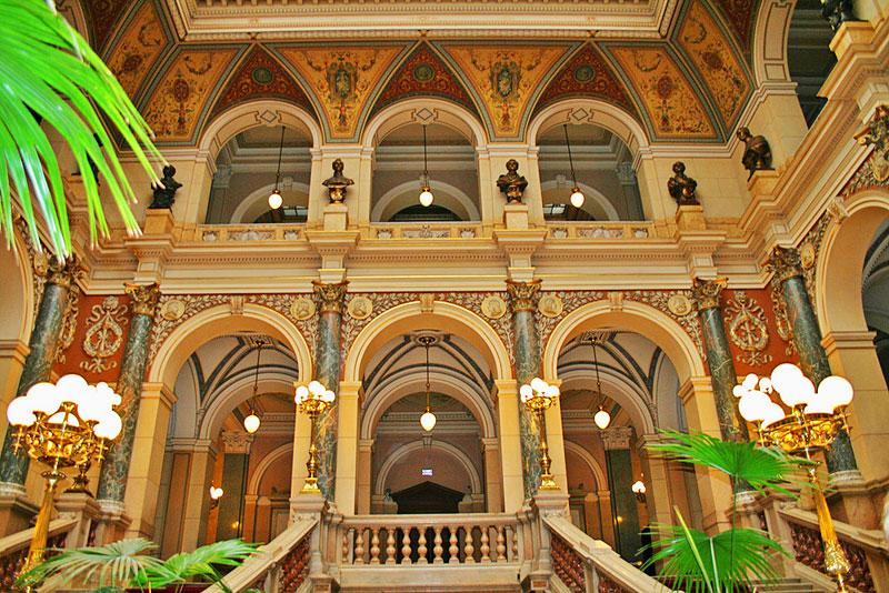 Museo Nacional de Praga, el más importante y visitado de la ciudd